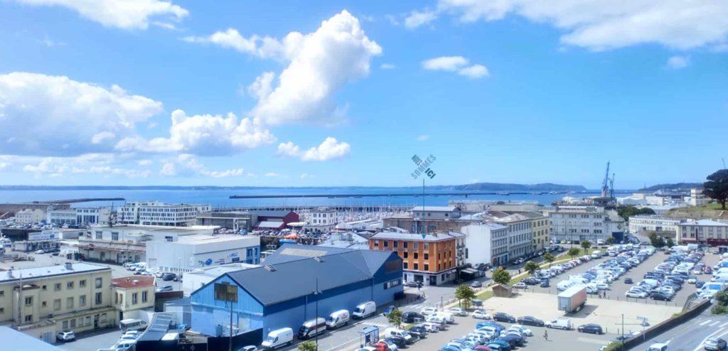 Vue Brest centre affaires du port domiciliation location bureaux salle réunion coworking